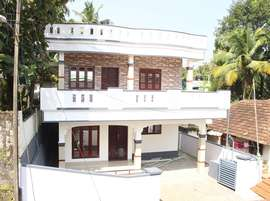 4BHk,2200 sq.ft house in Kakkanadu